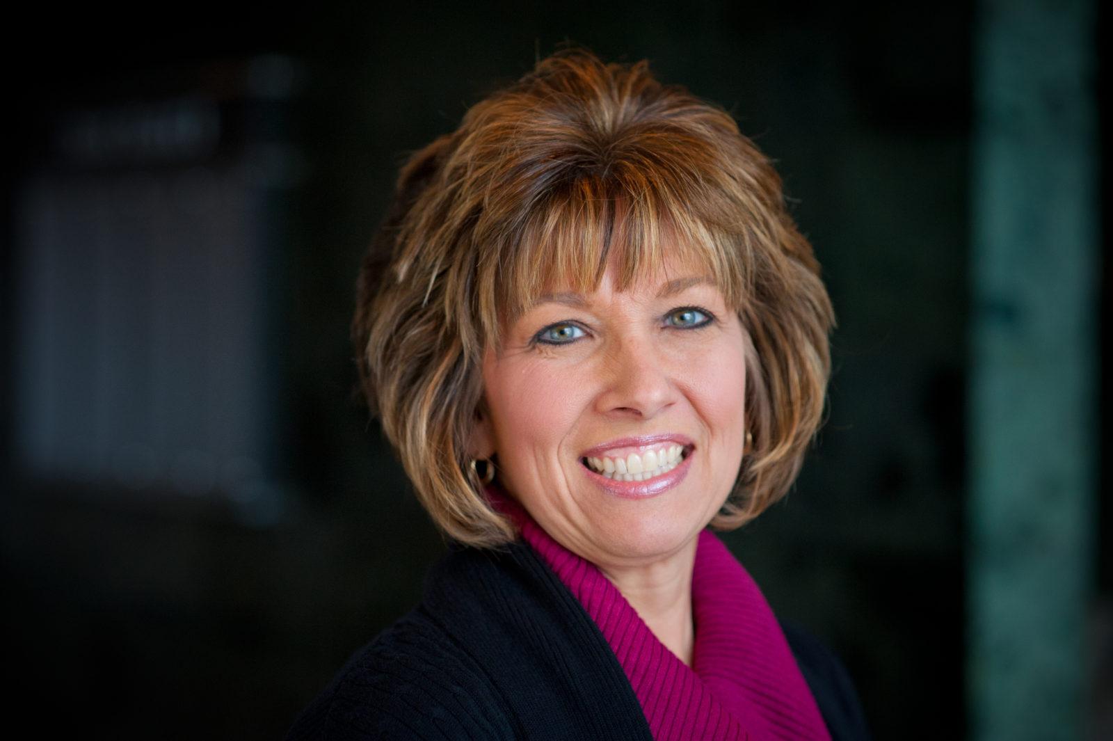 Angela Leach