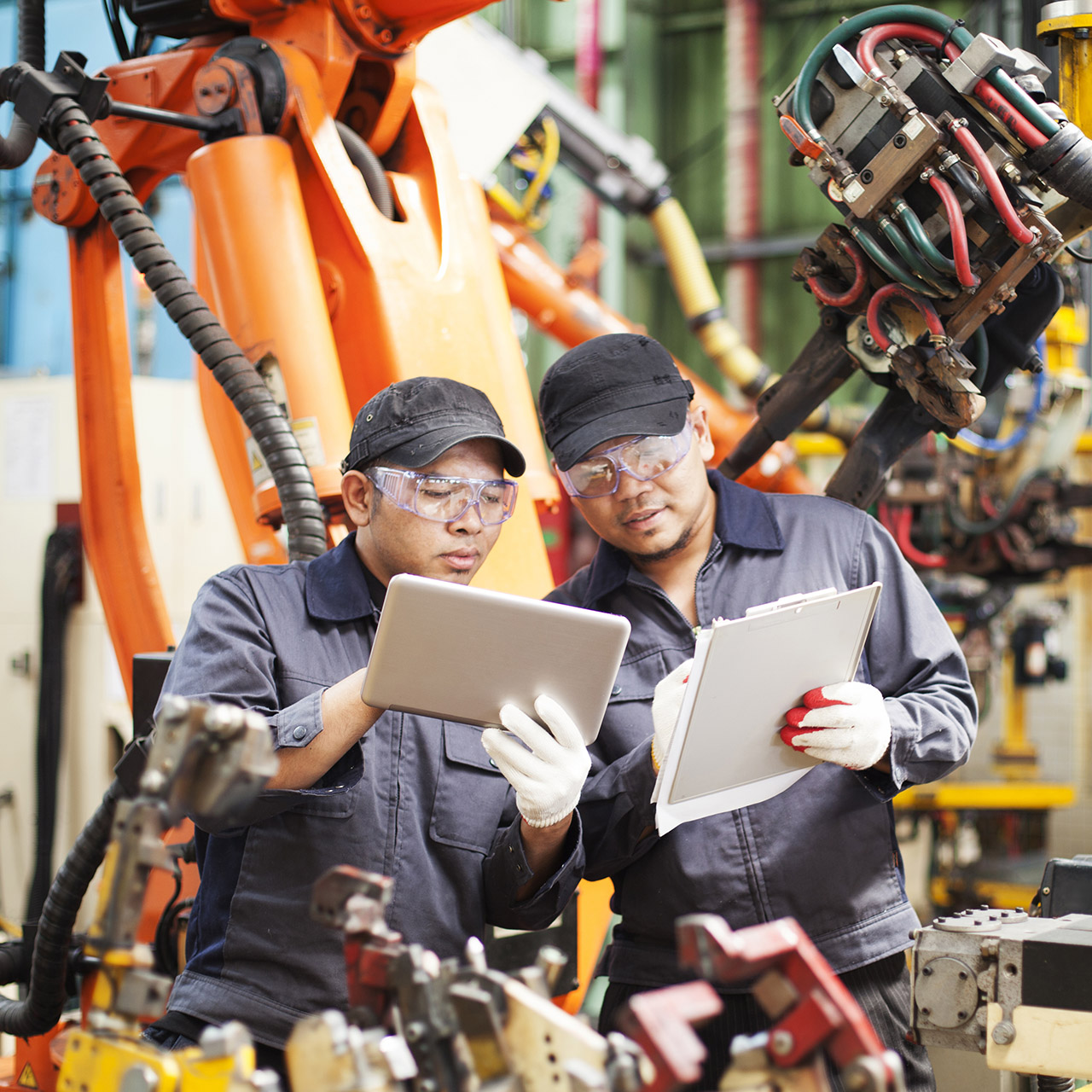 manufacturers switch to salesforce