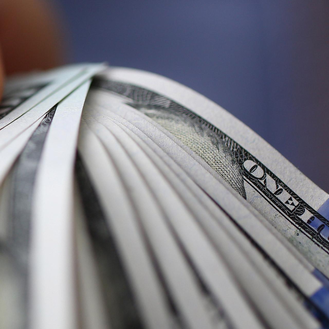 cumulating royalties in D365FO