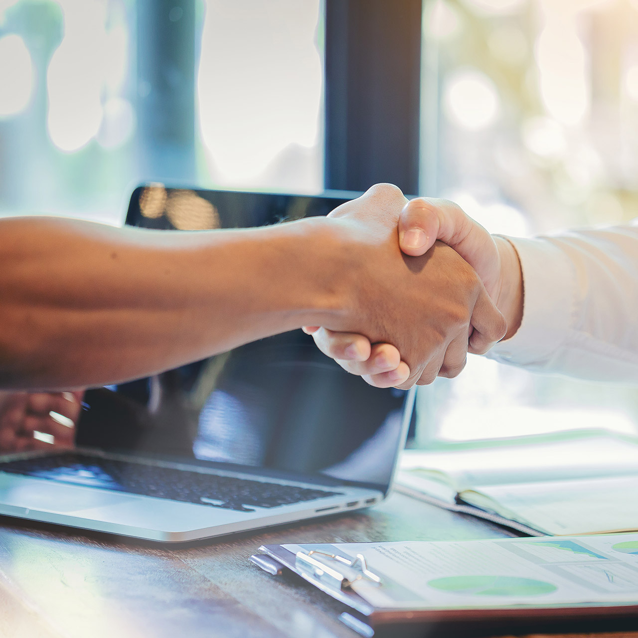 managing relationships with vendors
