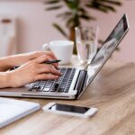 LinkedIn blogging: four compelling reasons to get started